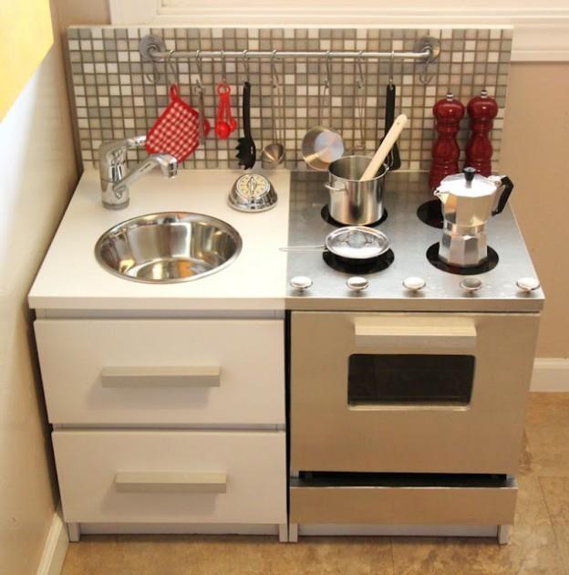 25 enfants meubles ikea hacks. Black Bedroom Furniture Sets. Home Design Ideas