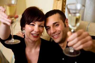 Cadeaux pour le 1er anniversaire de mariage - donc obtenir votre partenaire un plaisir