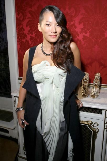 Coiffure tendance Undercut: Scarlett Johansson porter le coupe courte