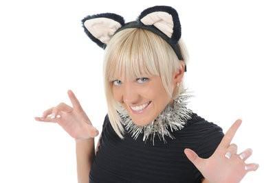 Assurez costume de chat lui-même