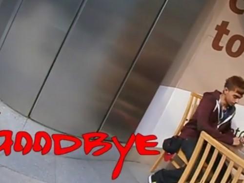 """""""Au revoir"""" par D4NNY: Le Meilleur / Pire Music Video"""