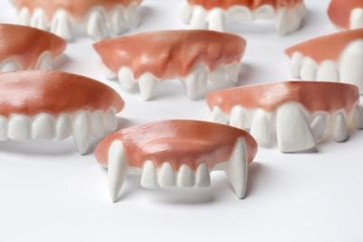Aiguisez dents - si vous obtenez dents de vampire