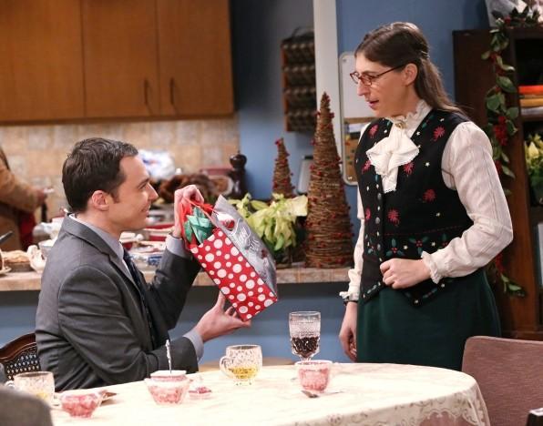 'The Big Bang Theory' Saison 8 Finale Recap: Sheldon et Amy Break Up, Sheldon et Penny Plan d'enfuir dans «L'Engagement Détermination '