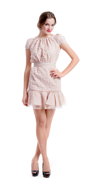 Style de saint valentin sur un budget 20 robes aimer et for Robes de mariage de betsey johnson