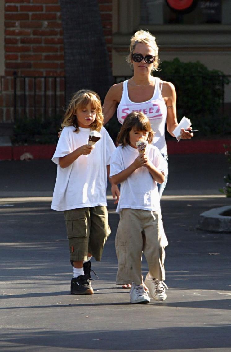 Cookies & Cream: Hollywood Parents & Tots Leurs avez la dent sucrée Trop!  (Photos)