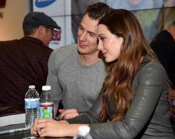 Chris Evans & Elizabeth Olsen Rencontres rumeurs: «Avengers 3: Guerre Infinity - Partie 1 '' Romance Ultra secret» Co-Stars avoir?