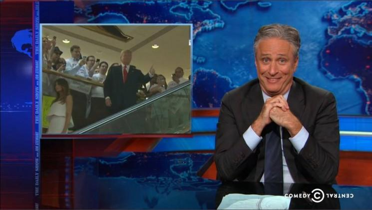 Jon Stewart dit Donald Trump est une victoire pour les républicains Autres Qui semblera «raisonnable par comparaison '[Visualisez]