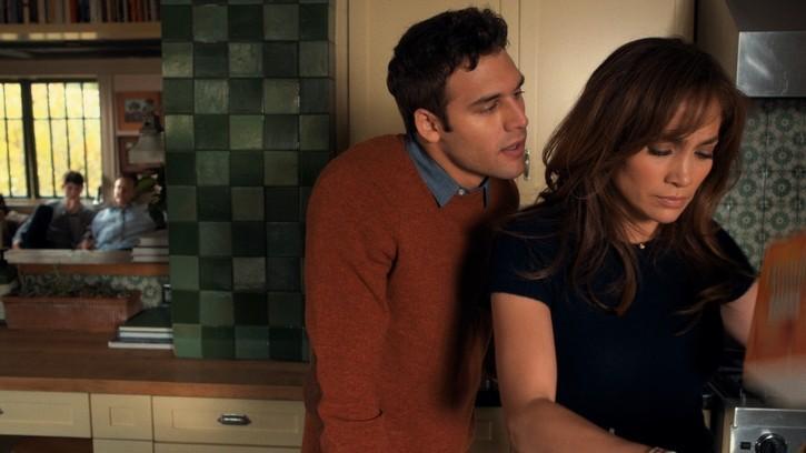 Week-end Aperçu 2015: Jennifer Lopez revient avec 'The Boy Next Door';  'Mortdecal' & 'Cake' Parmi les autres films à ses débuts
