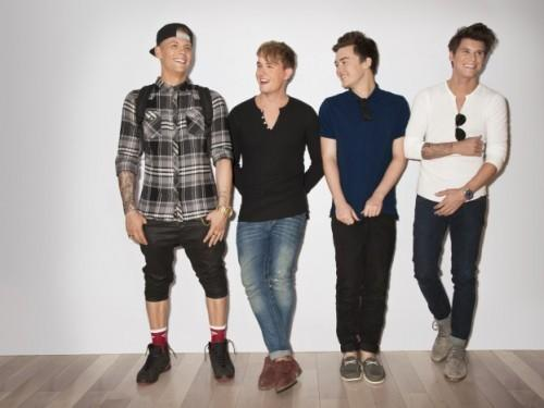 HelloGiggles Exclusif: Rixton Tease Leur 'Make Out' vidéo, Justin Bieber style