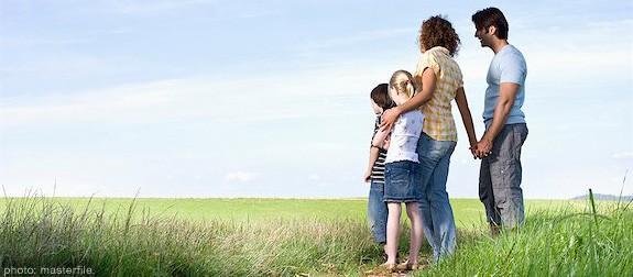 Seulement des enfants contre Fratrie: Combien d'enfants font de la taille de la famille parfaite?