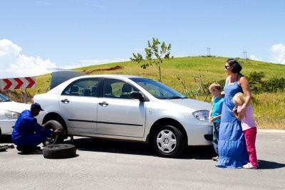 Réparer les pneus de voitures - comme vous le faites vous-même