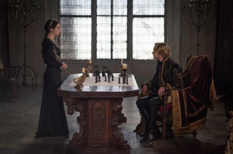 «Règne» Saison 2 Episode 21 spoilers: Marie et Francis Unite, Catherine Enseigne Narcisse une leçon de «The Siege» [Visualisez]