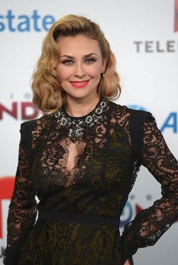 Aracely Arámbula Photos: Actrice travaille sur un Telenovela;  Elle a un nouvel homme dans sa vie?