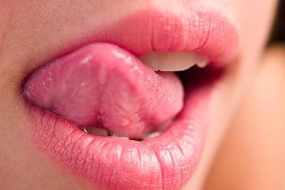 Comment fonctionne un baiser français?  - Comment Kiss