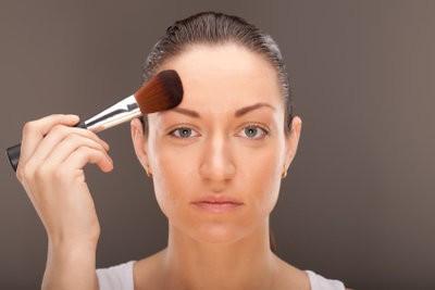 Visage gras, que faire?  - Comment prendre soin de votre peau