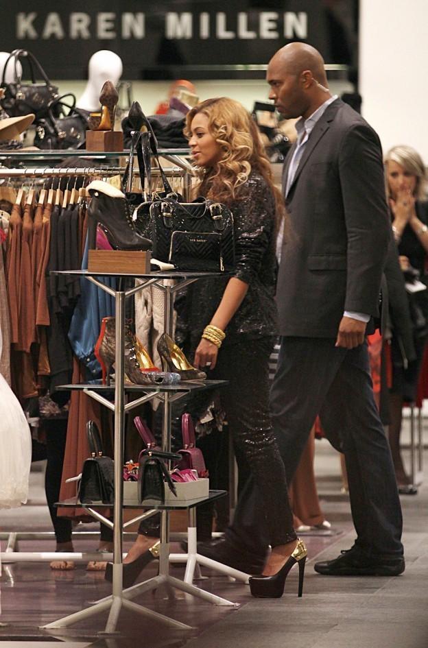 «Grossesse» de Beyonce Under Fire: Comparable 5 mois bosse de bébé de Jennifer Garner (Photos)