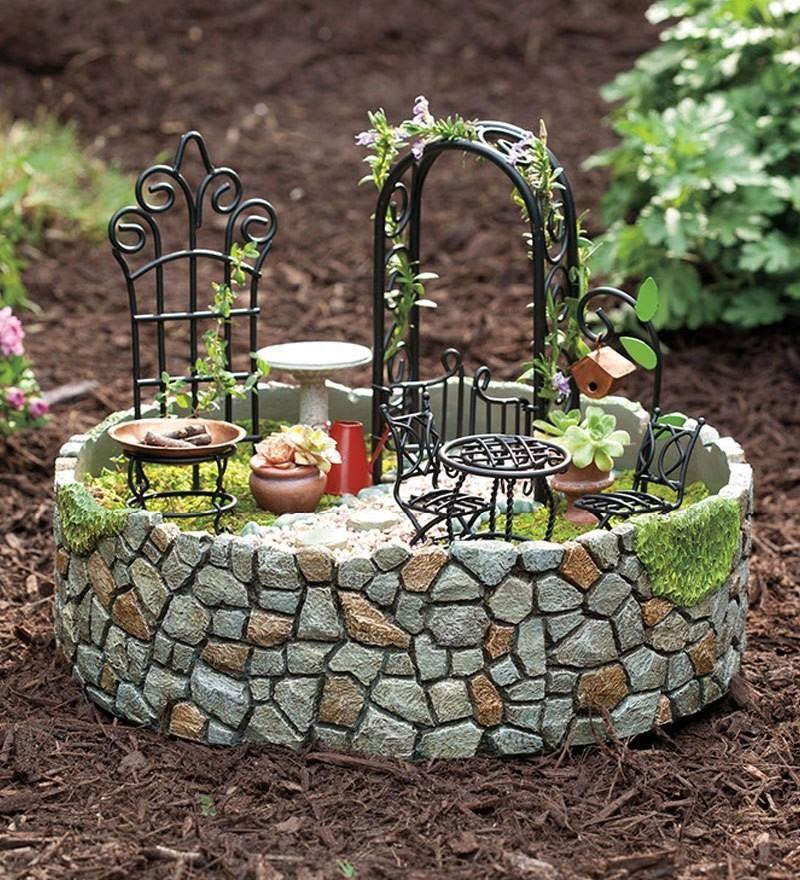 comment cr er un jardin miniature. Black Bedroom Furniture Sets. Home Design Ideas
