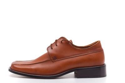 Ce qui convient à chaussures marron - donc vous combinez votre tenue d'affaires correctement