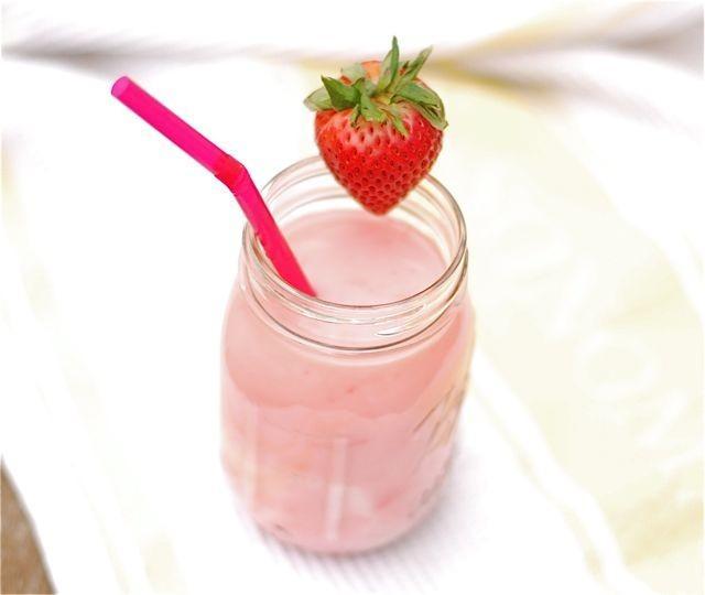 Homemade lait fraise