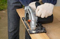 Salaire pour les charpentiers - contenu de la formation et des possibilités de formation