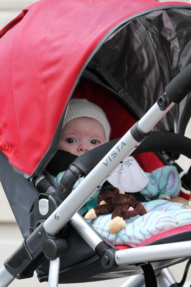 Drew Barrymore nous donne un rare aperçu de bébé d'olivier (Photos)