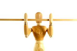 Pratiquer pull-ups - comment former l'ensemble de la musculature du torse ciblée