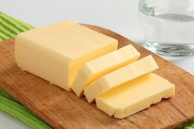 Saturés et des acides gras insaturés - explique la différence chimiquement