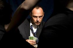 Visage sans expression - Notes de Pokerface