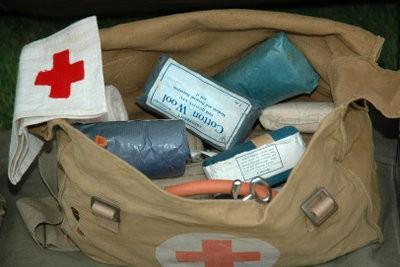 étude de la médecine dans l'armée - afin qu'il puisse fonctionner