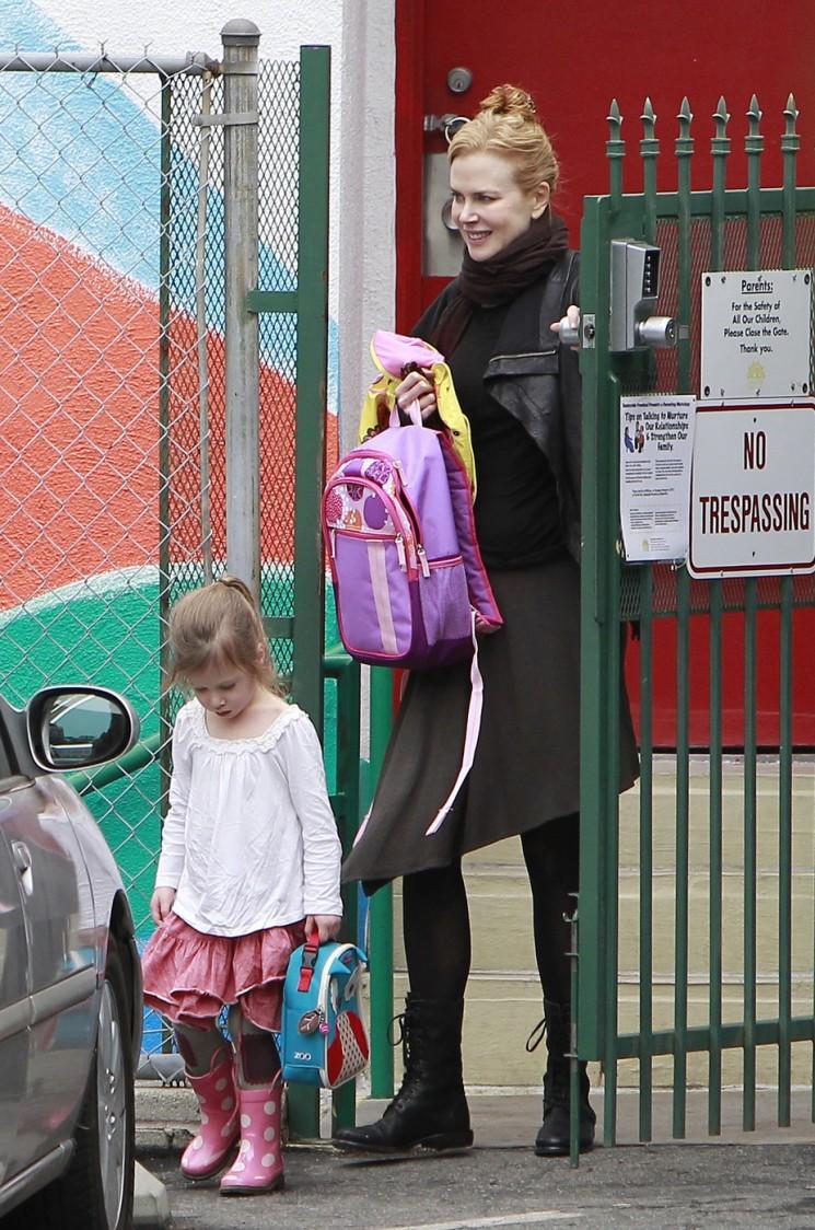 Sunday Best!  Nicole Kidman prend sa fille à l'école (Photos)