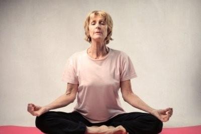 Les exercices d'équilibre pour les personnes âgées - de sorte que vous entraînez votre sens de l'équilibre