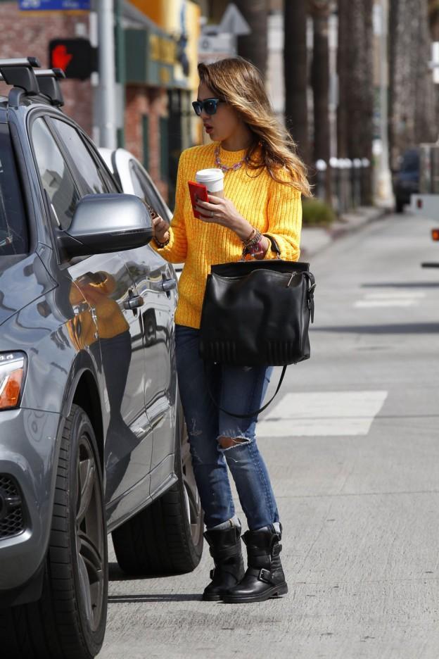 Jessica Alba: Back Home, Retour vers le Coffee Shop!