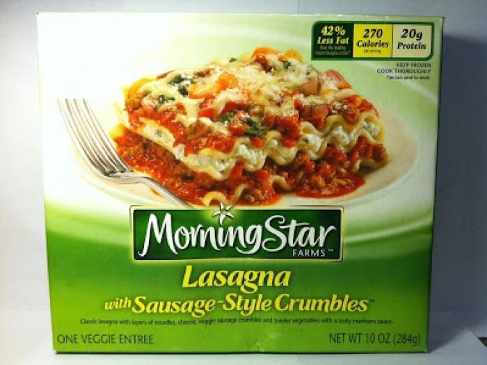 Un petit rappel de ce que les dîners de télévision ressemblent vraiment IRL