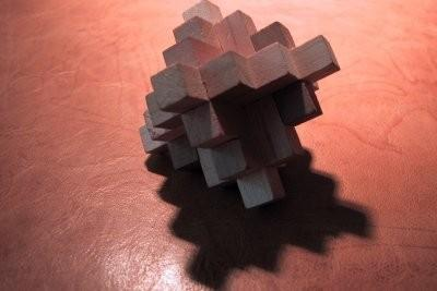 le cube de rubik de la construction en bois instruction. Black Bedroom Furniture Sets. Home Design Ideas