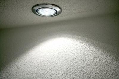 Installation spot de plafond - comment cela fonctionne: