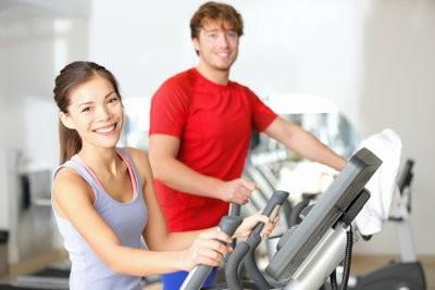 Vibrations des machines d'exercice - modèles et avantages de type de formation