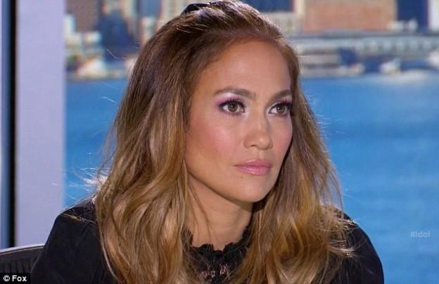 Obtenez le look: les Smoky Eyes Idol de J.Lo