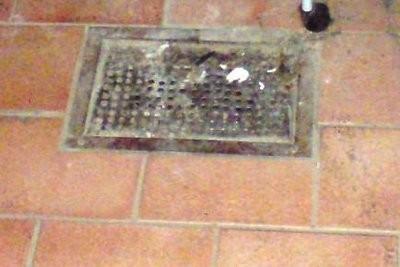 drain de plancher du sous-sol - de manière à éviter les problèmes