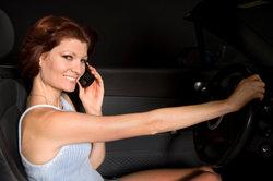 Clarion CZ501E - Pour coupler le système audio de la voiture via Bluetooth avec votre téléphone mobile