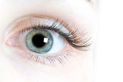 Supprimer les yeux rouges avec ligne programme de retouche photo - comment cela fonctionne: