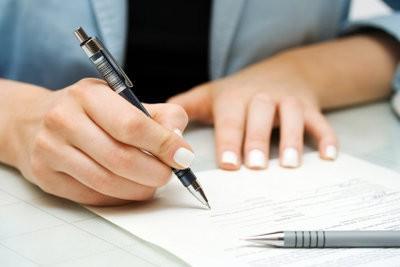 Que devriez-vous envisager dans un court terme une modification de contrat de travail
