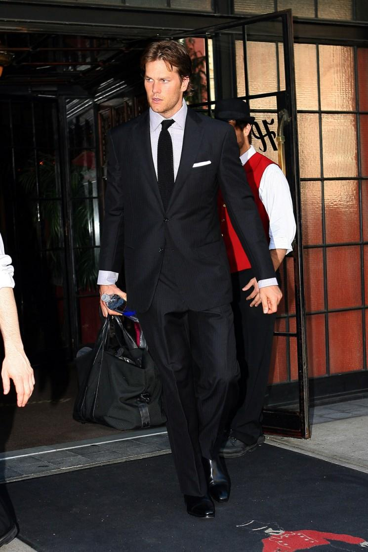 Joyeux anniversaire Tom Brady!  A Look At This Handsome papas Dapper style
