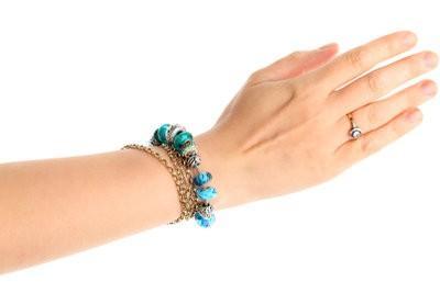 Se faire des bracelets brésiliens chanceux - comment cela fonctionne: