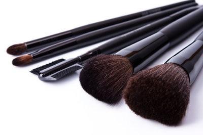 des conseils de maquillage pour un visage rond