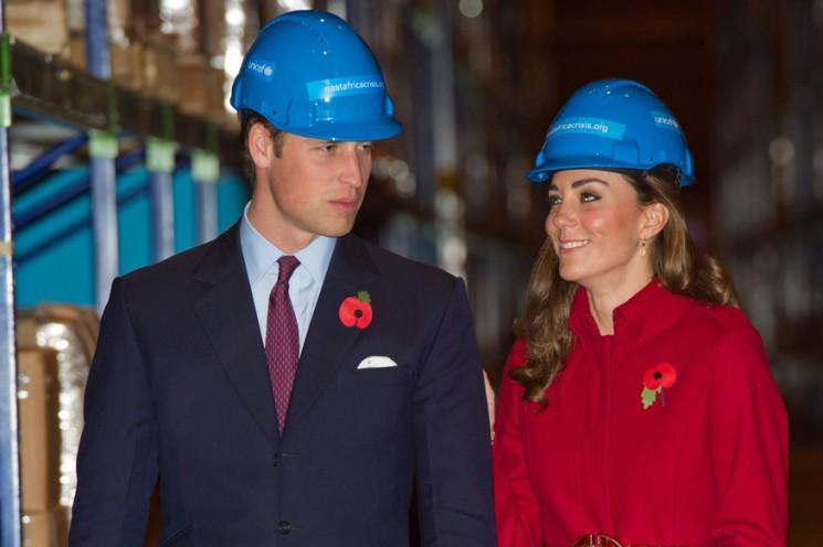 Un geste significatif - Kate, êtes-vous enceinte?
