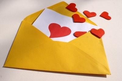 Paroles de chanson Love - afin de réussir des déclarations d'amour au partenaire