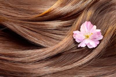Couleur des cheveux: Auburn se