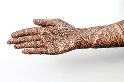 Combien de temps tatouages au henné?  - Notes