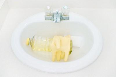 Réparer les fissures dans l'évier - il est si facile