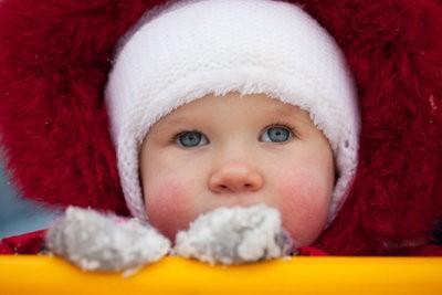 Marcher dans le froid avec le bébé - que vous devriez être au courant